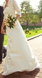 свадебное платье плюс накидка,  размер 36-38,  рост 173-175,  цвет - экрю